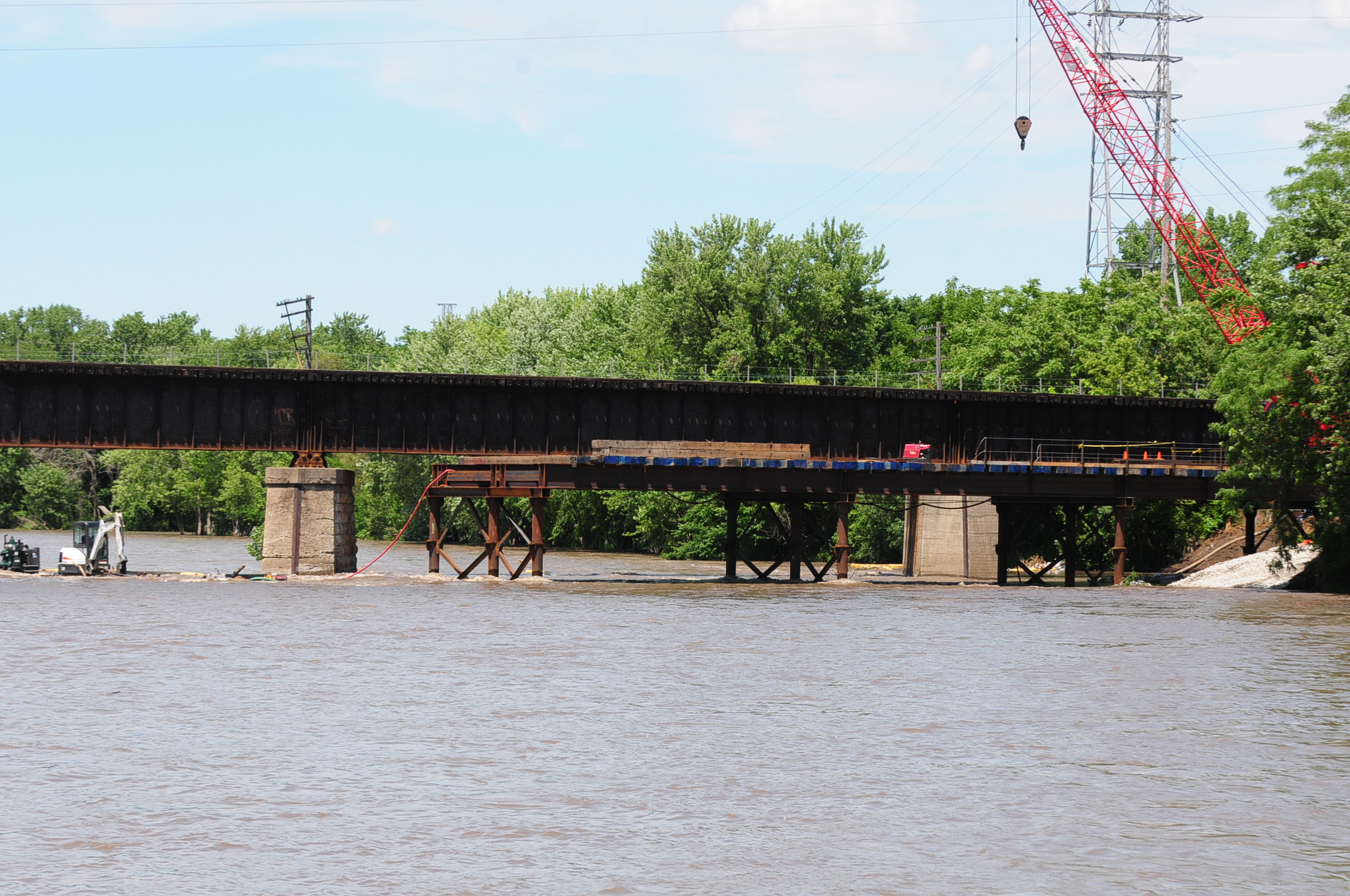 Kankakee River 6.16.17 temporary bridge